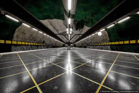 Stockholm Metro 02.jpg